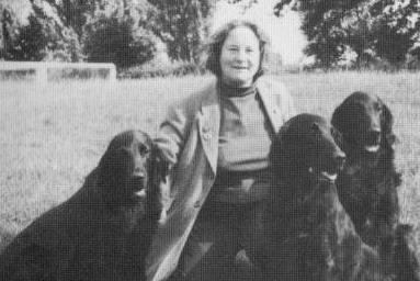 Paddy Petch (photo from her book cover - 'The Flat-coated Retriever')
